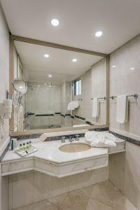 banheiro hotel kuster | Hotel em Guarapuava