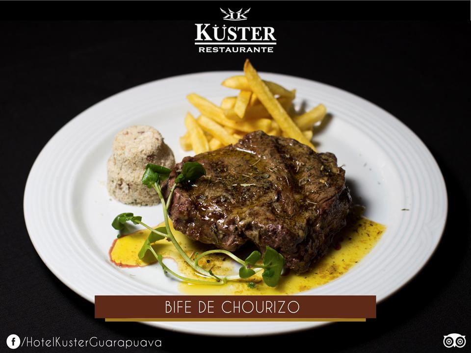 Prato com bife de chouriço do restaurante Kuster